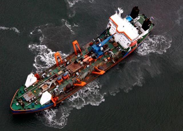 Plano Ambiental abrangente monitora dragagem no Porto de Santos